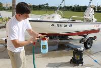 Marine_31_Boat_Washing_0111.jpg