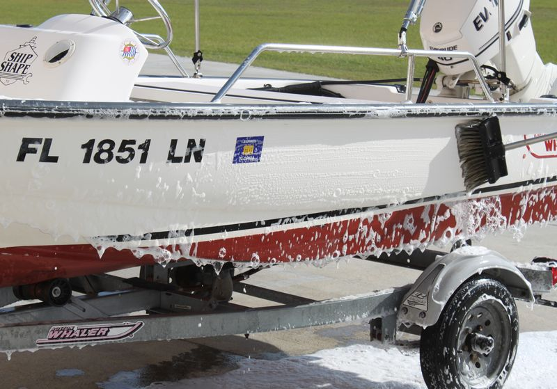 How to use a Foam Gun to wash your boat! - Marine 31 Forum
