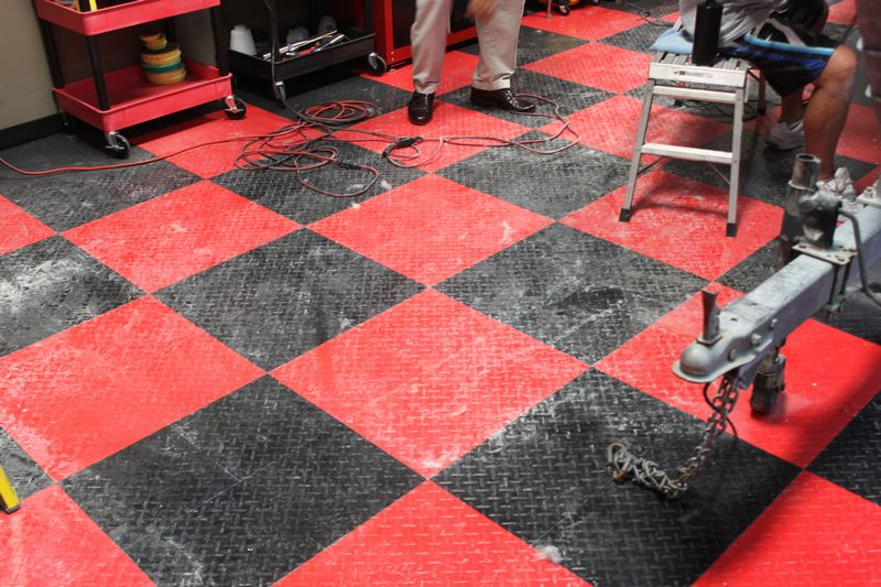 cleaning racedeck tuffshield diamond tile floors with